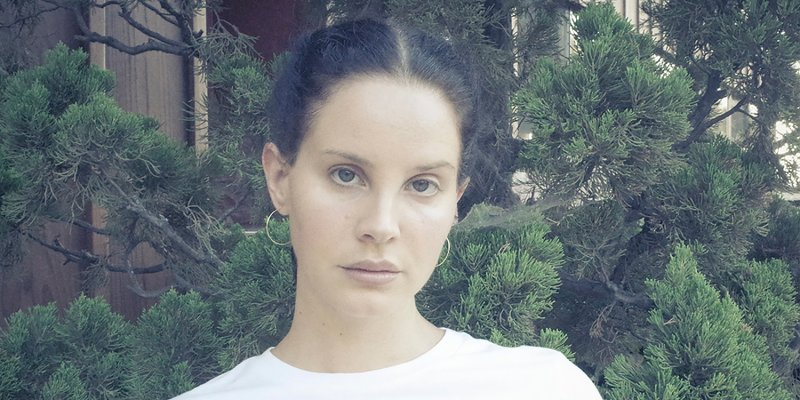 "Lana Del Rey überrascht mit neuer Single ""Let Me Love You Like A Woman"""